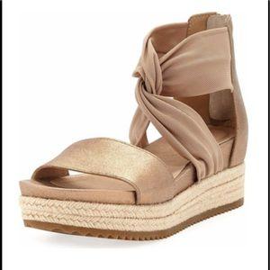 NWT Eileen Fisher Zoe Metallic Leather Sandlas
